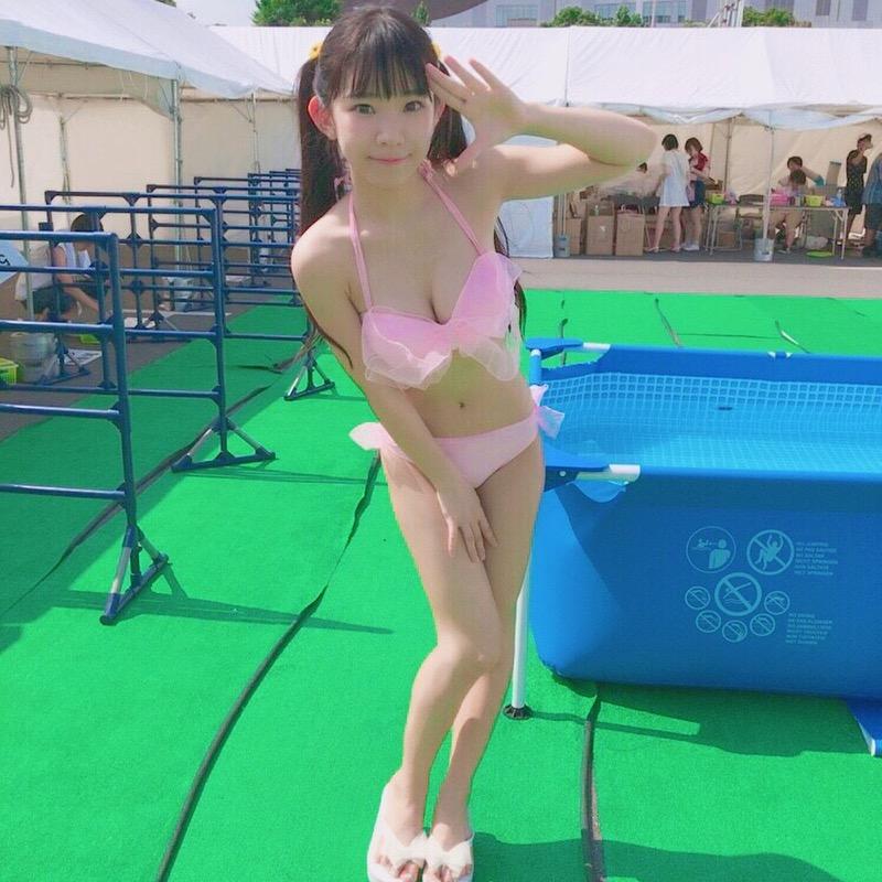 【長澤茉里奈エロ画像】ランドセルが似合いすぎて危ない合法ロリ巨乳のグラビアアイドル 66