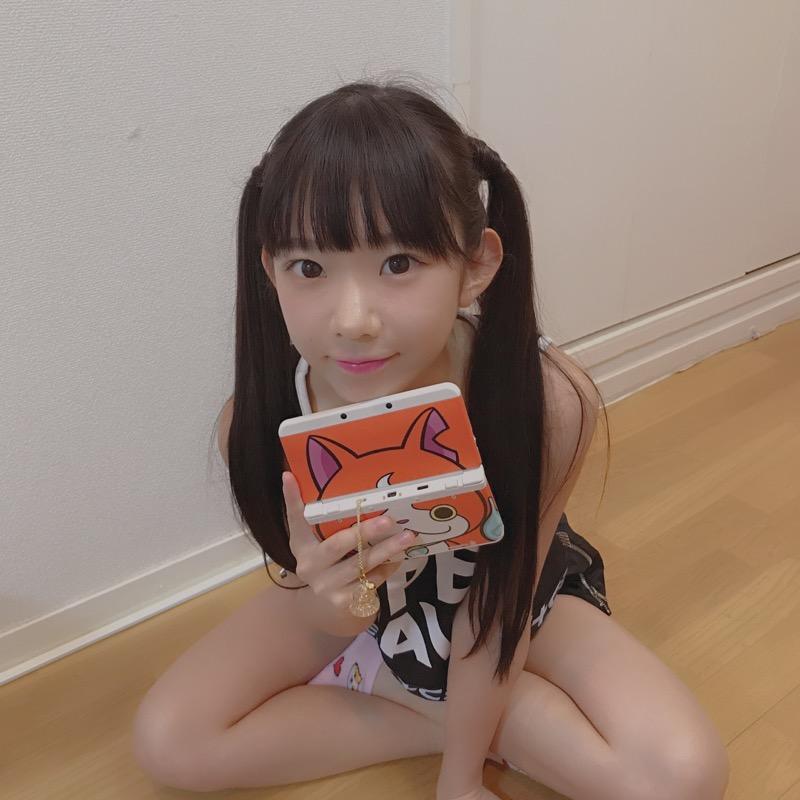 【長澤茉里奈エロ画像】ランドセルが似合いすぎて危ない合法ロリ巨乳のグラビアアイドル 67