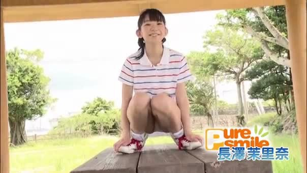 【長澤茉里奈エロ画像】ランドセルが似合いすぎて危ない合法ロリ巨乳のグラビアアイドル 86