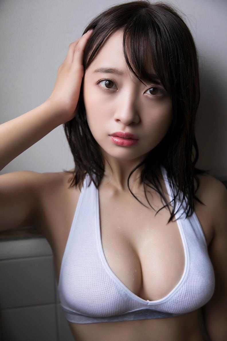 【渡邉幸愛グラビア画像】美少女系の可愛いアイドルが結構エロいグラビアを撮ってる! 16