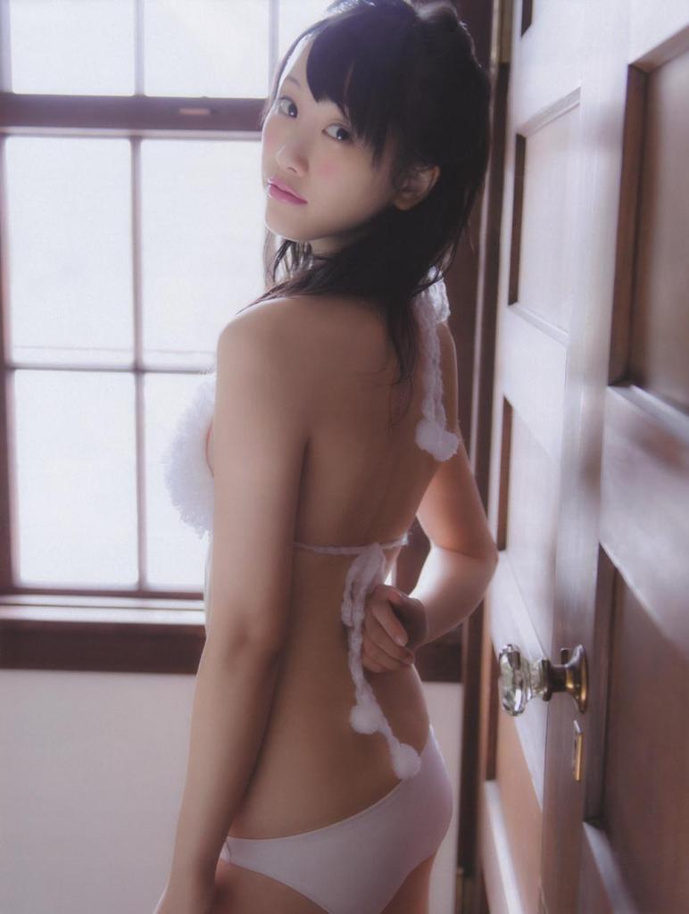 【松井玲奈グラビア画像】スレンダー好きにはたまらない細身でクビレもあるエロボディ! 43