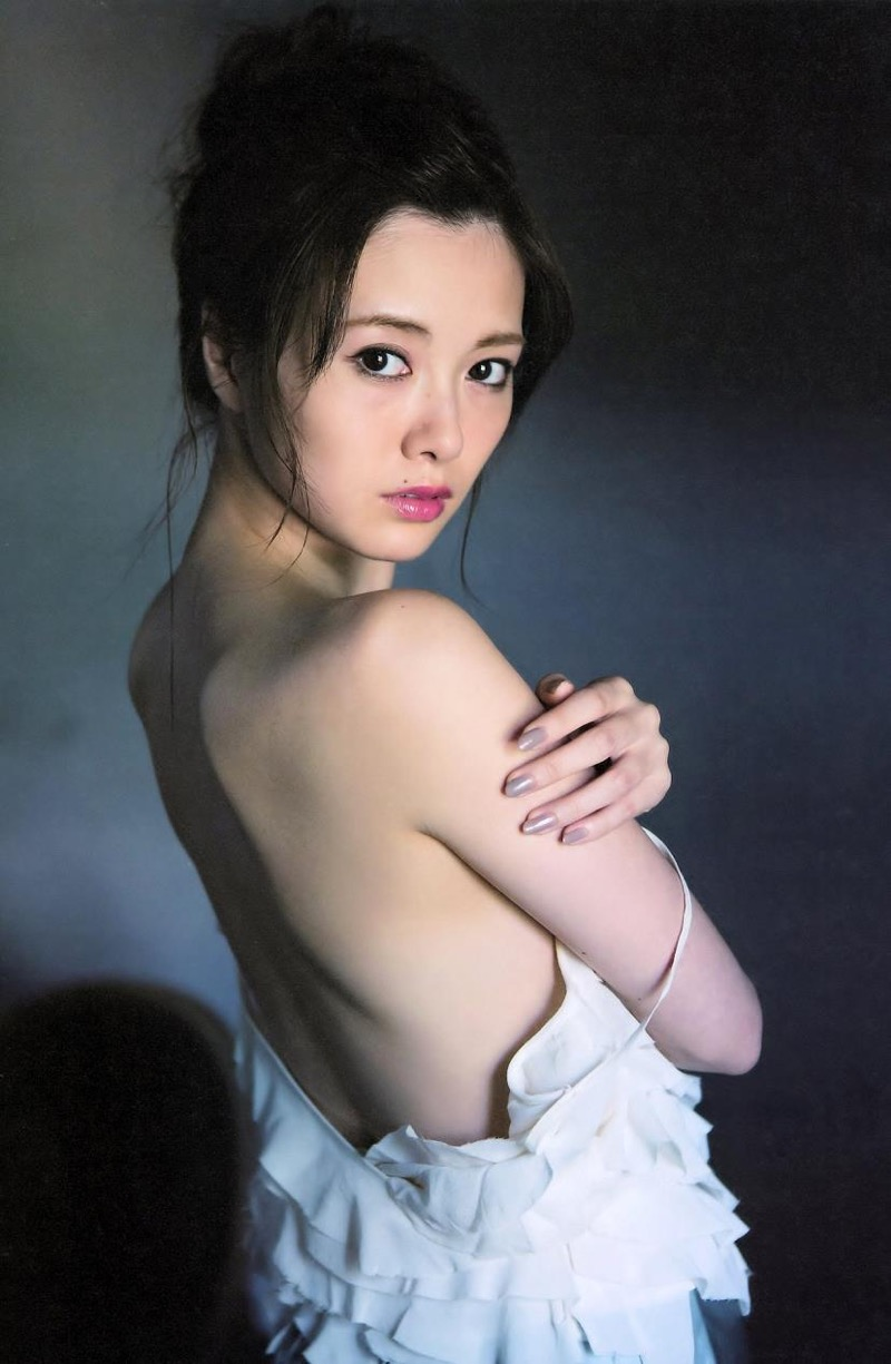 【白石麻衣グラビア画像】ウエスト59cmのくびれボディがエロい乃木坂46アイドル 28