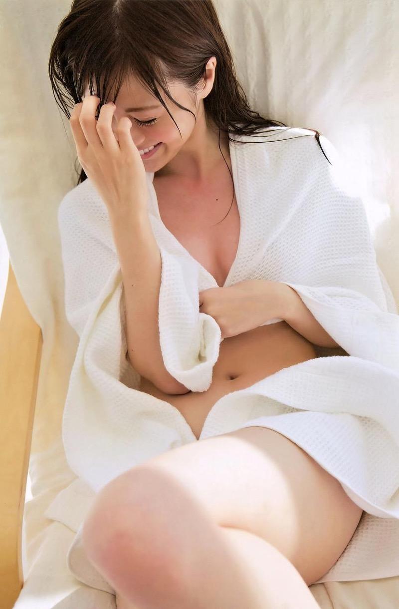 【白石麻衣グラビア画像】ウエスト59cmのくびれボディがエロい乃木坂46アイドル 31
