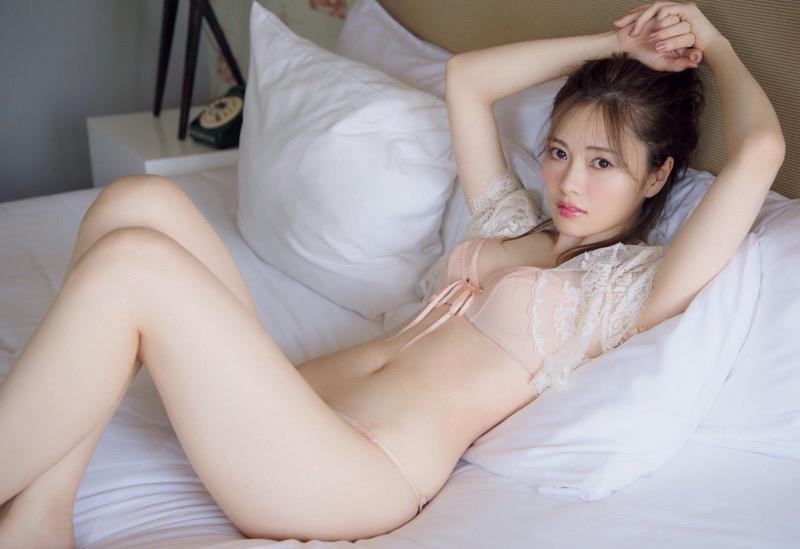 【白石麻衣グラビア画像】ウエスト59cmのくびれボディがエロい乃木坂46アイドル 74