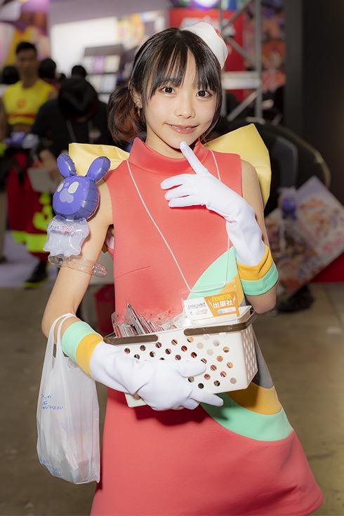 【コスプレエロ画像】アニメ系コスチュームがとても可愛くてエッチなコスプレイヤー! 44