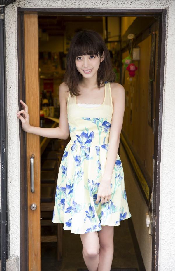 【松田るかグラビア画像】癒し系の優しい笑顔と色白なくびれボディがエロい美人女優のグラビア! 16