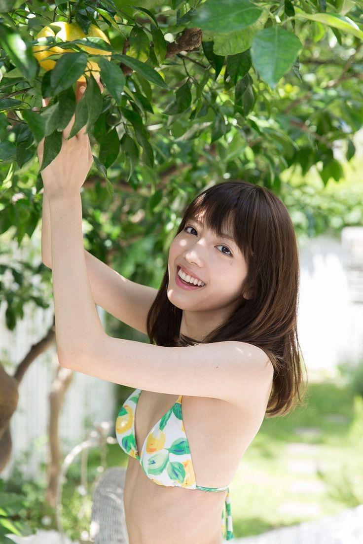 【松田るかグラビア画像】癒し系の優しい笑顔と色白なくびれボディがエロい美人女優のグラビア! 30