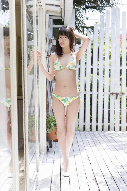 【松田るかグラビア画像】癒し系の優しい笑顔と色白なくびれボディがエロい美人女優のグラビア! 45