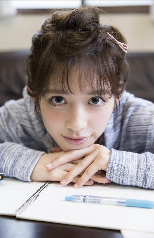 【松田るかグラビア画像】癒し系の優しい笑顔と色白なくびれボディがエロい美人女優のグラビア! 48