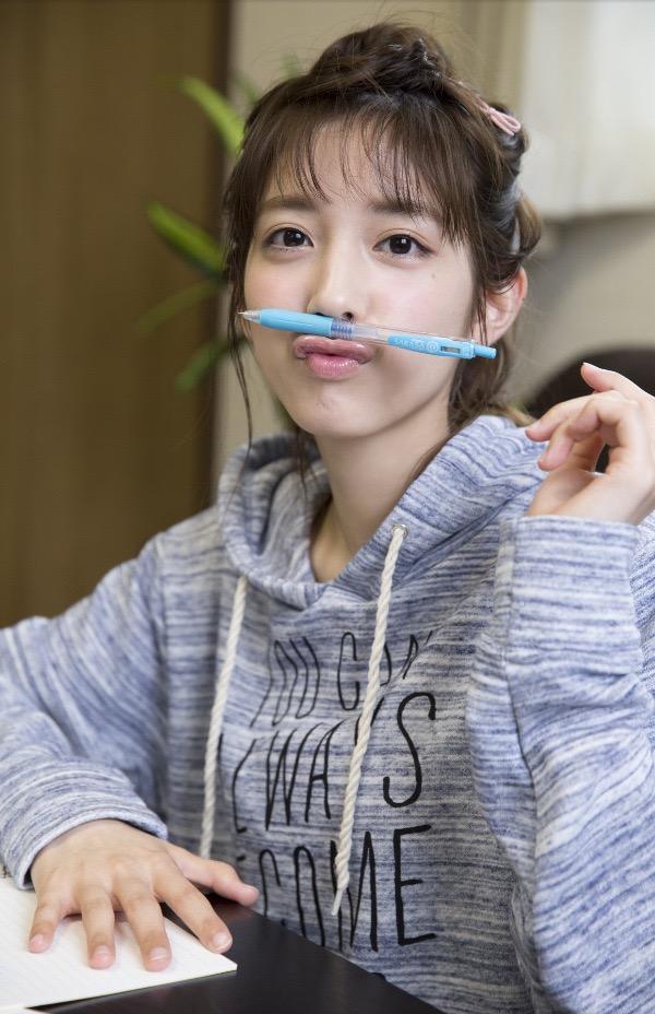 【松田るかグラビア画像】癒し系の優しい笑顔と色白なくびれボディがエロい美人女優のグラビア! 52