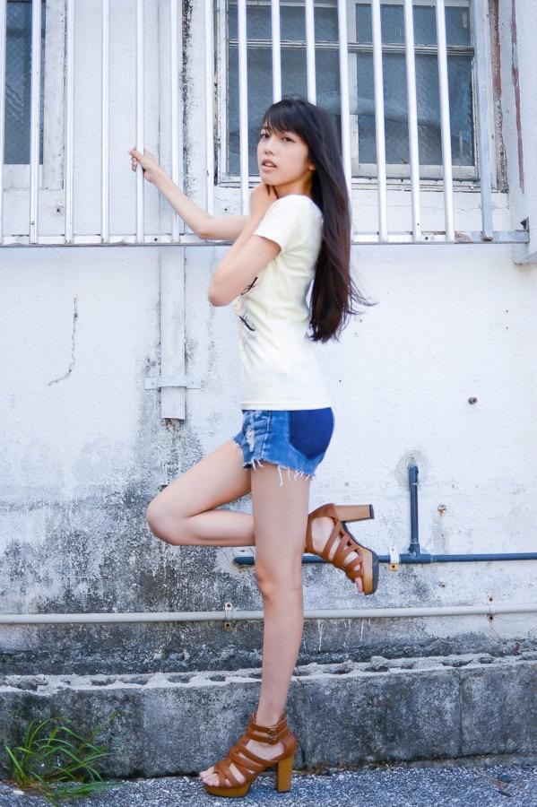 【松田るかグラビア画像】癒し系の優しい笑顔と色白なくびれボディがエロい美人女優のグラビア! 63