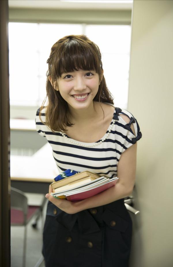 【松田るかグラビア画像】癒し系の優しい笑顔と色白なくびれボディがエロい美人女優のグラビア! 64