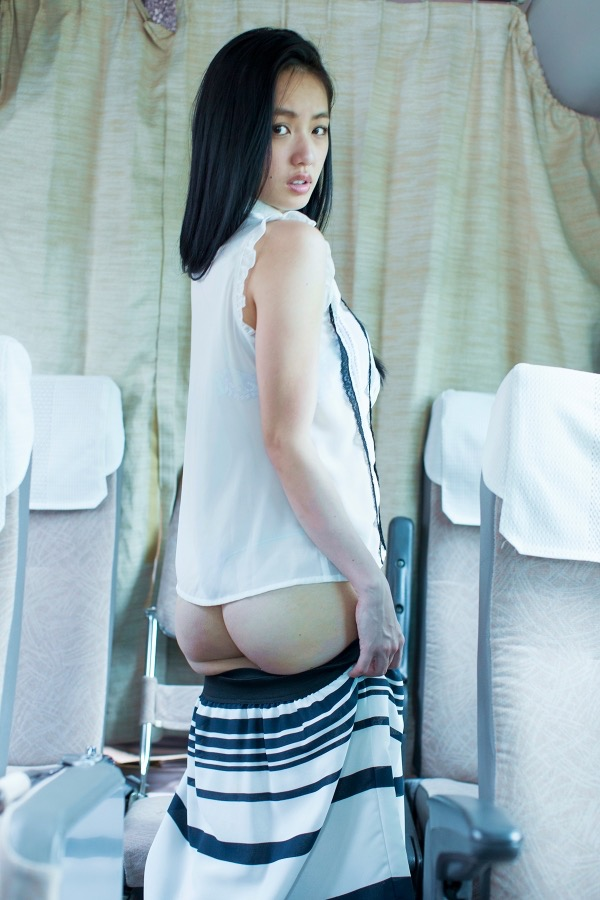 【間宮夕貴グラビア画像】グラビアアイドルとしても活動していたFカップ巨乳の美人女優 14