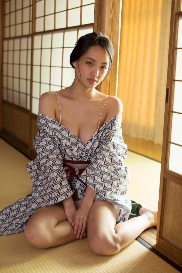 【間宮夕貴グラビア画像】グラビアアイドルとしても活動していたFカップ巨乳の美人女優 15