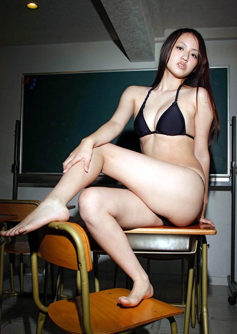 【間宮夕貴グラビア画像】グラビアアイドルとしても活動していたFカップ巨乳の美人女優 27