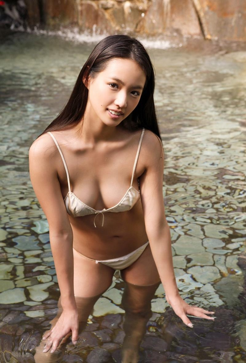 【間宮夕貴グラビア画像】グラビアアイドルとしても活動していたFカップ巨乳の美人女優 49