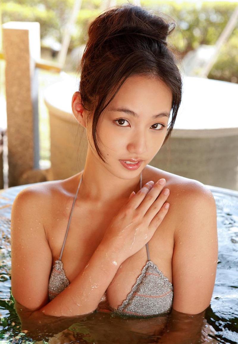 【間宮夕貴グラビア画像】グラビアアイドルとしても活動していたFカップ巨乳の美人女優 52