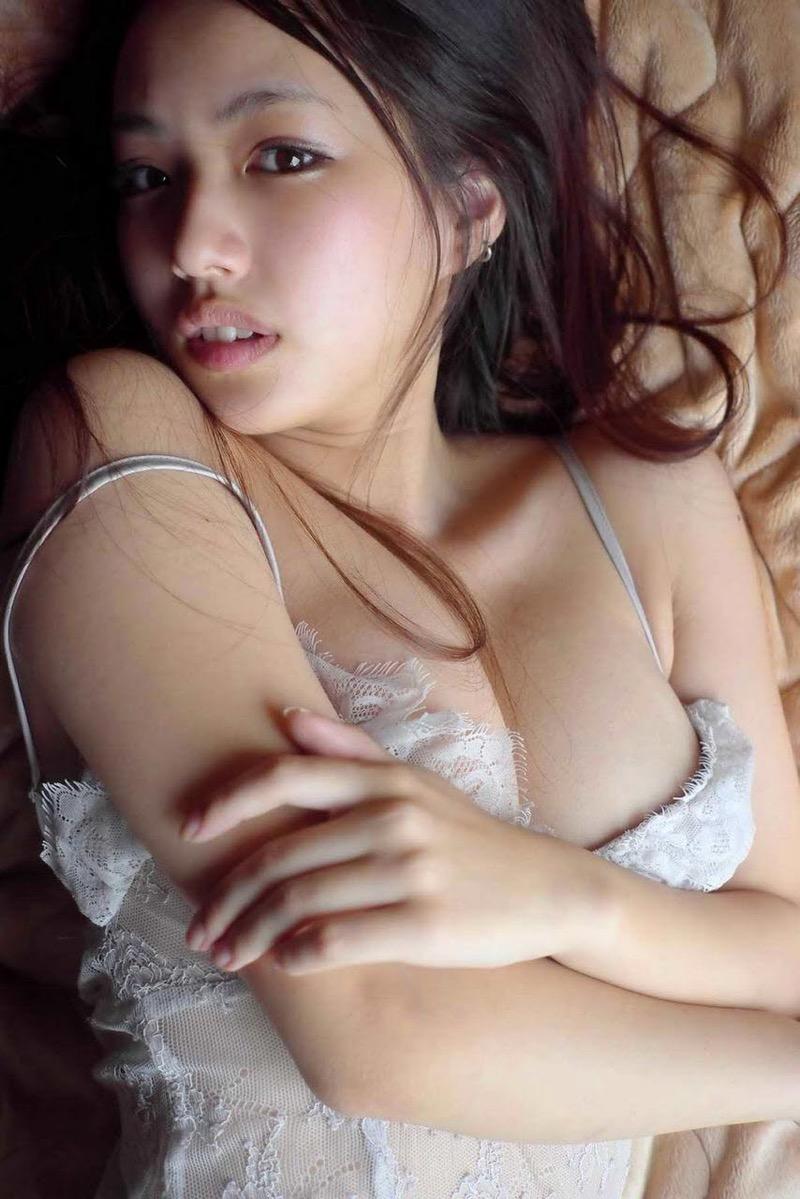 【間宮夕貴グラビア画像】グラビアアイドルとしても活動していたFカップ巨乳の美人女優 67