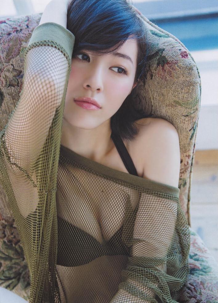 【松井珠理奈グラビア画像】SKE48所属アイドルの健全でビキニ姿が眩しいスレンダーボディ 12