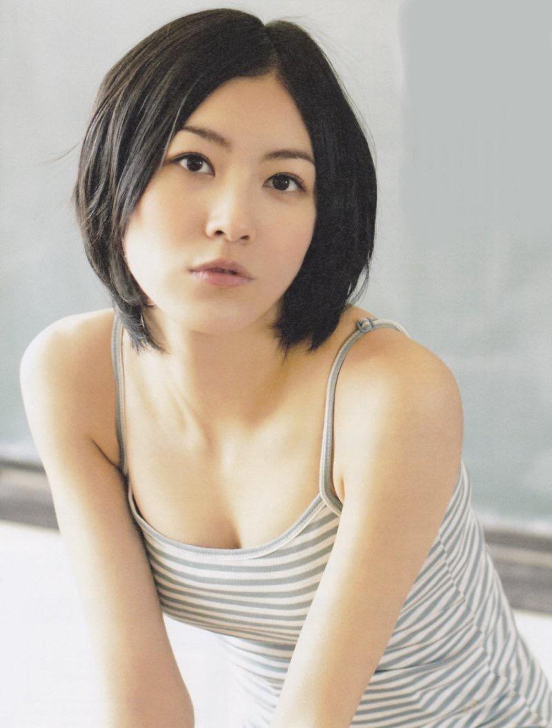 【松井珠理奈グラビア画像】SKE48所属アイドルの健全でビキニ姿が眩しいスレンダーボディ 18