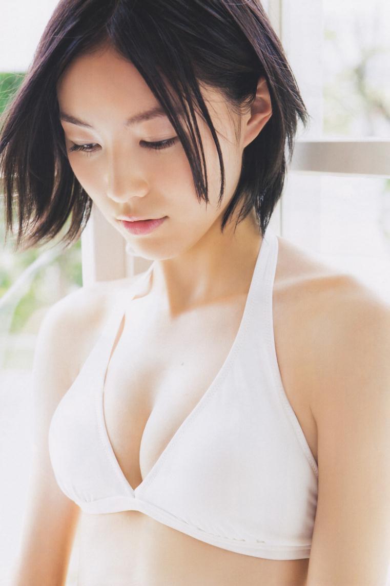 【松井珠理奈グラビア画像】SKE48所属アイドルの健全でビキニ姿が眩しいスレンダーボディ 20