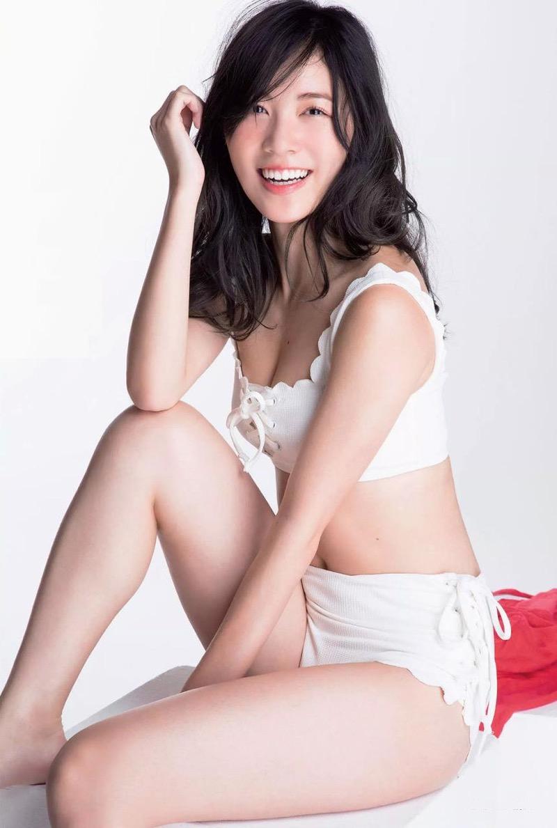 【松井珠理奈グラビア画像】SKE48所属アイドルの健全でビキニ姿が眩しいスレンダーボディ 34