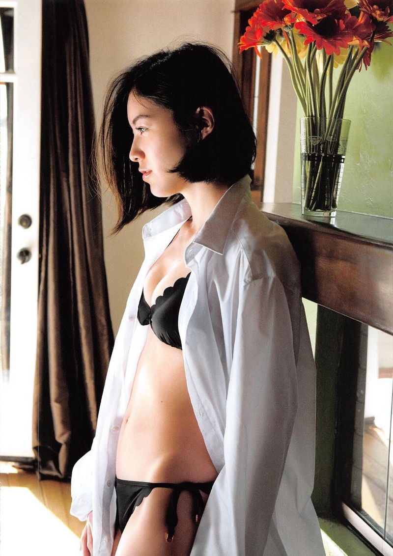 【松井珠理奈グラビア画像】SKE48所属アイドルの健全でビキニ姿が眩しいスレンダーボディ 48