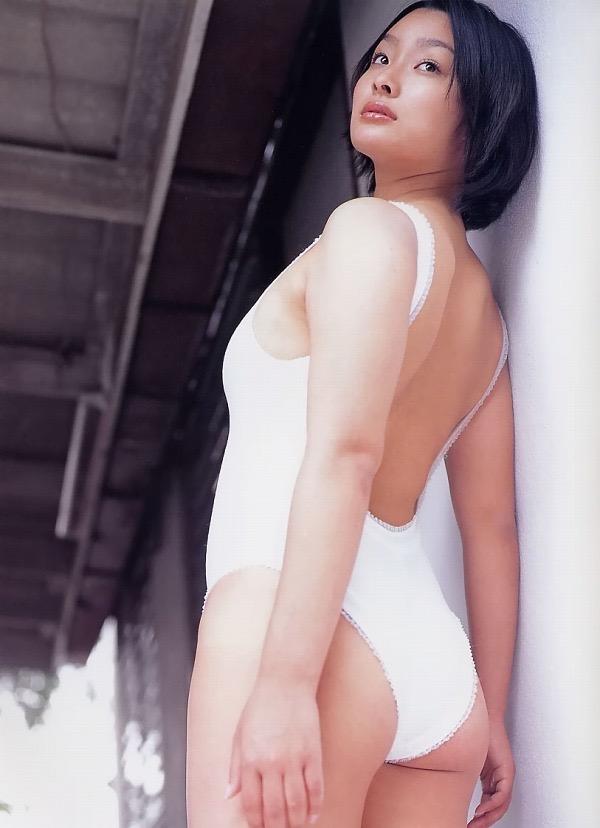 【佐藤和沙グラビア画像】菓子職人へ転身した100cmのIカップ爆乳エロボディのグラビアアイドル 20