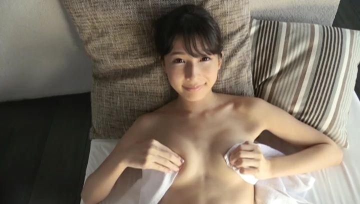 【川崎あやキャプ画像】活動の一時休止を宣言してしまったグラビアアイドル! 36