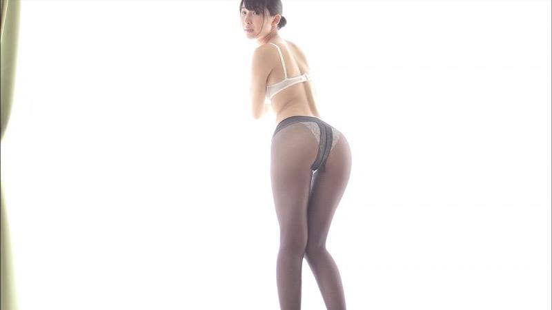 【川崎あやキャプ画像】活動の一時休止を宣言してしまったグラビアアイドル! 65