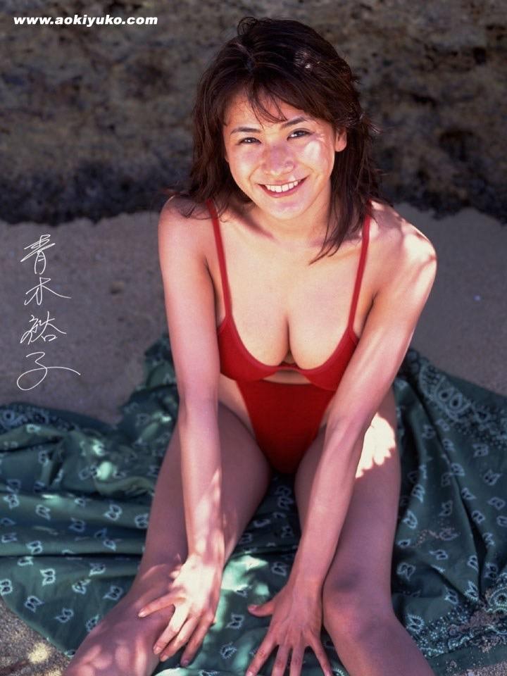 【青木裕子グラビア画像】Iカップ爆乳ボディで人気を博した平成の伝説級グラビアアイドルの現在は? 41