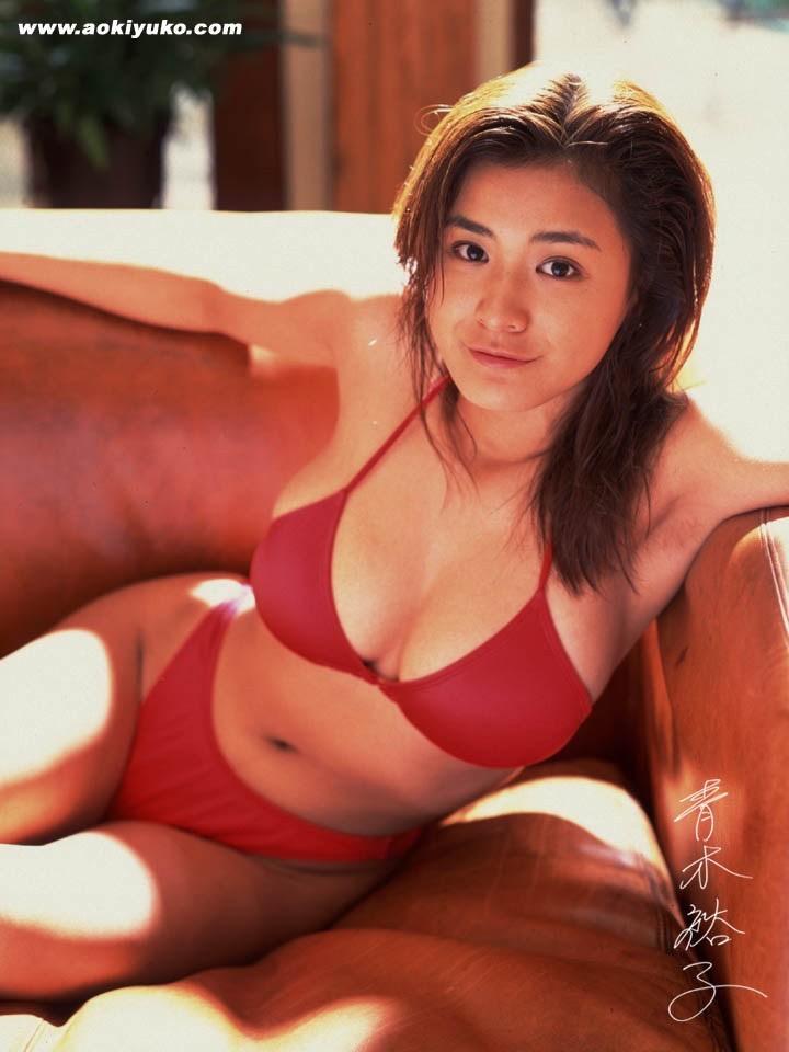 【青木裕子グラビア画像】Iカップ爆乳ボディで人気を博した平成の伝説級グラビアアイドルの現在は? 42
