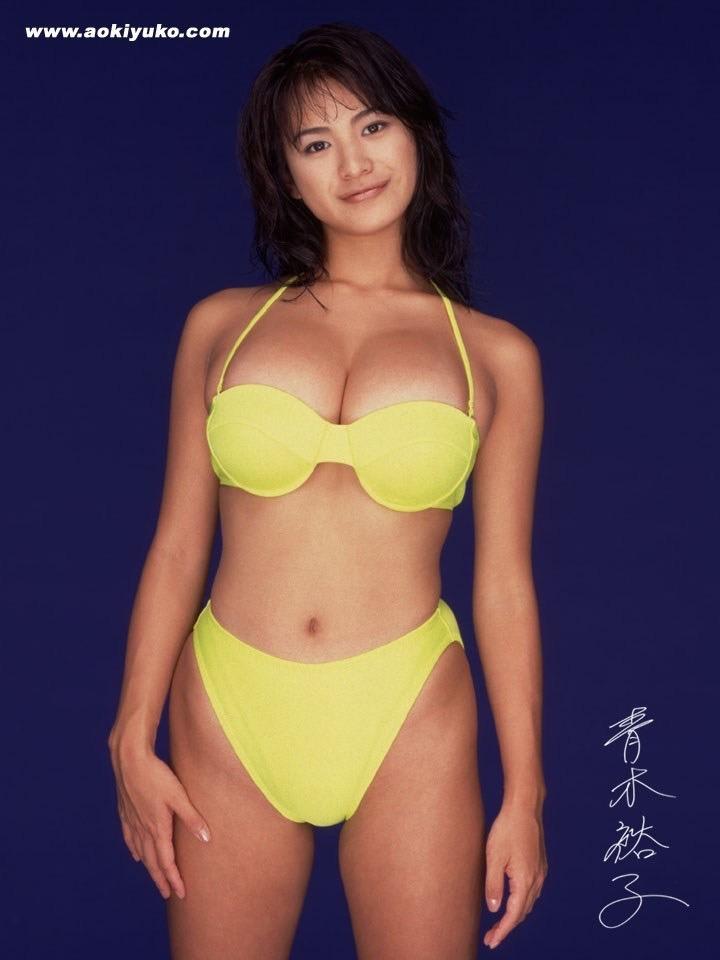 【青木裕子グラビア画像】Iカップ爆乳ボディで人気を博した平成の伝説級グラビアアイドルの現在は? 55