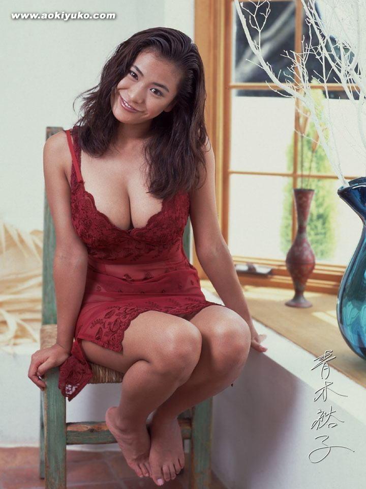 【青木裕子グラビア画像】Iカップ爆乳ボディで人気を博した平成の伝説級グラビアアイドルの現在は? 59