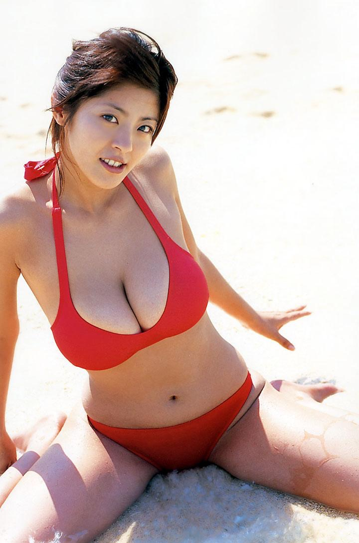 【根本はるみグラビア画像】オッパイが大きすぎて着る服が無いという爆乳グラビアアイドル! 59