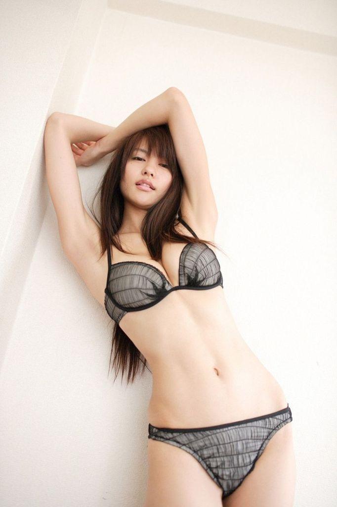 【白鳥百合子グラビア画像】女優として活躍を期待されつつ引退してしまったグラビアアイドル 04