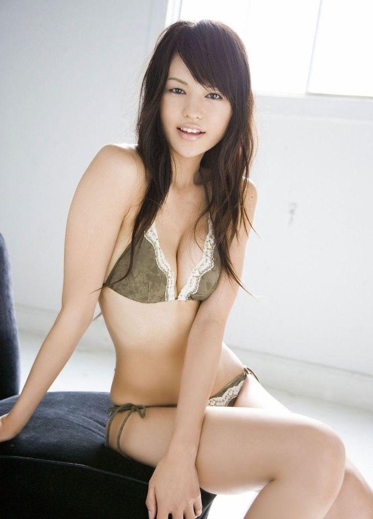 【白鳥百合子グラビア画像】女優として活躍を期待されつつ引退してしまったグラビアアイドル 22
