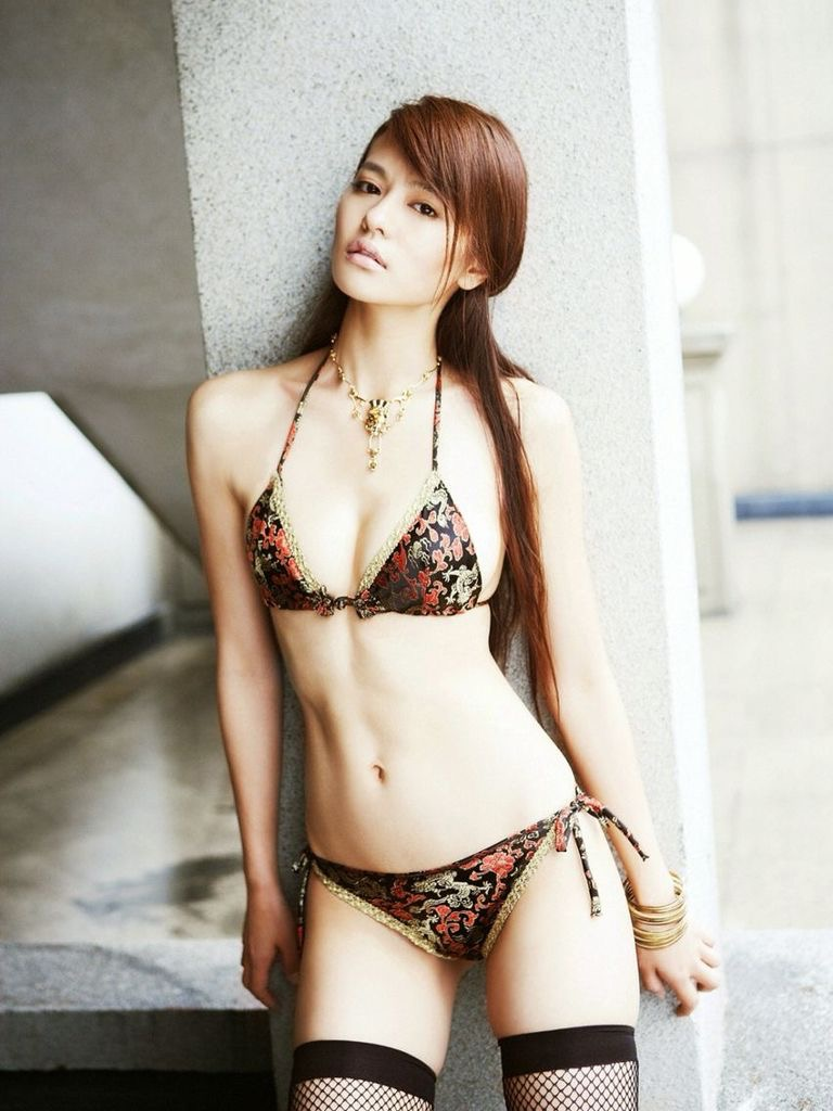 【白鳥百合子グラビア画像】女優として活躍を期待されつつ引退してしまったグラビアアイドル 33