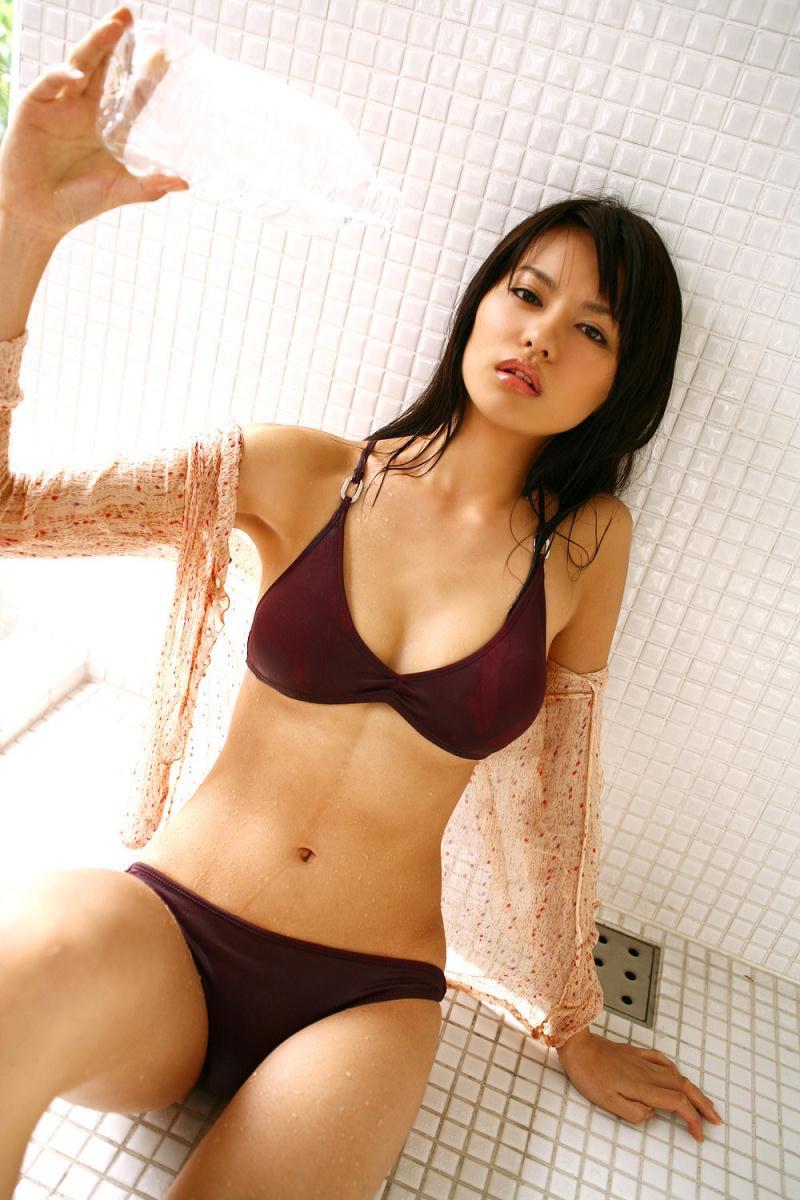 【白鳥百合子グラビア画像】女優として活躍を期待されつつ引退してしまったグラビアアイドル 47