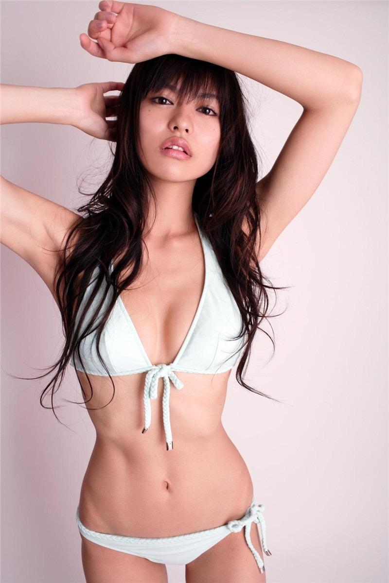【白鳥百合子グラビア画像】女優として活躍を期待されつつ引退してしまったグラビアアイドル 51