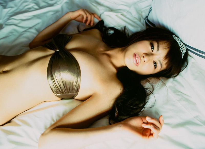 【白鳥百合子グラビア画像】女優として活躍を期待されつつ引退してしまったグラビアアイドル 76