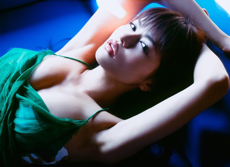 【白鳥百合子グラビア画像】女優として活躍を期待されつつ引退してしまったグラビアアイドル 78