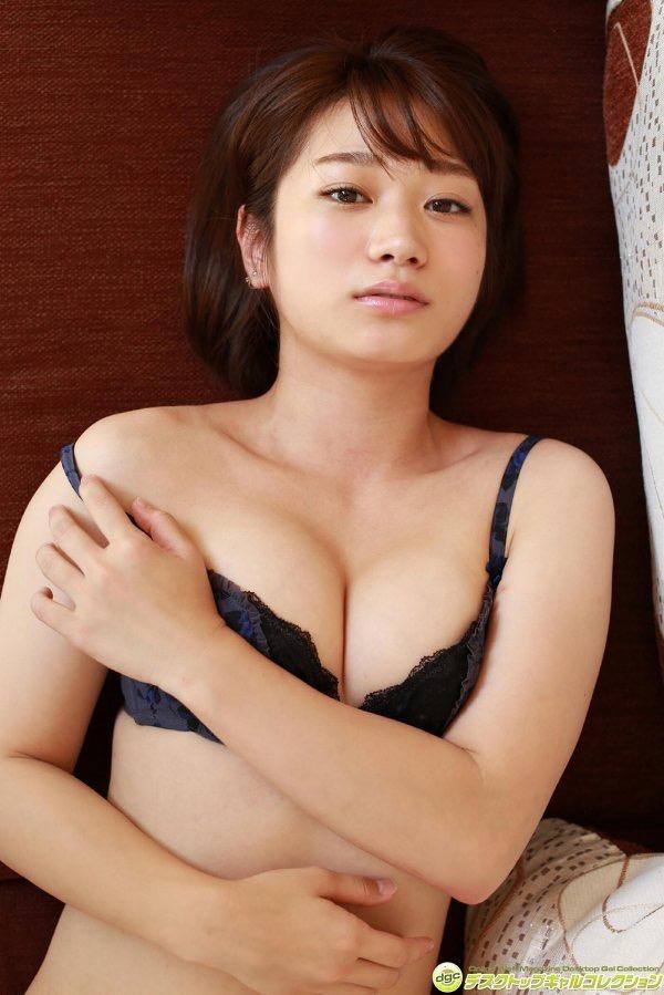【さいとう雅子グラビア画像】可愛い顔立ちにむっちり美尻がとってもエロいグラビアアイドル 40