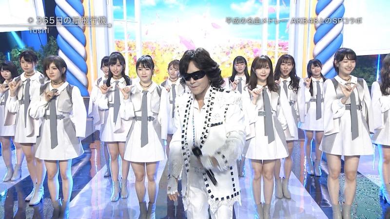 【AKBパンチラ画像】集団で生足やパンチラを見せながら踊るスケベなアイドル集団! 79