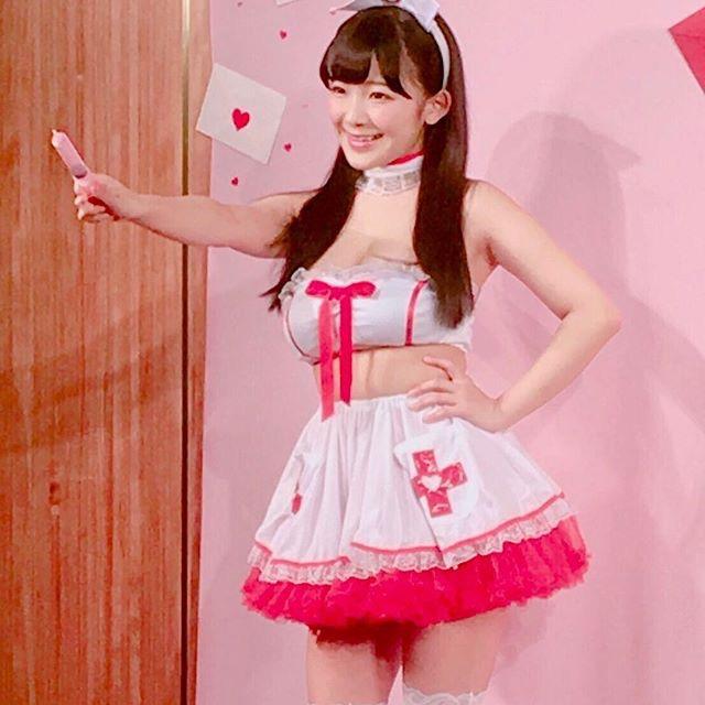 【天木じゅんエロ画像】子供の頃の可愛い服が今でも着られるミニマムボディのグラドル! 53
