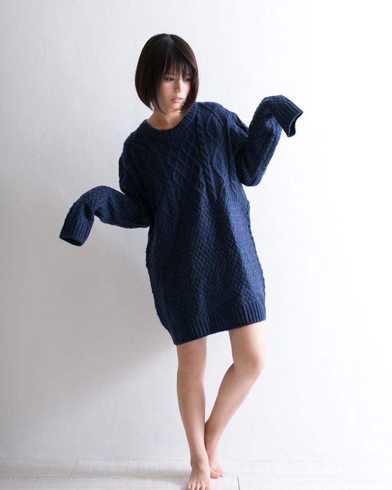 【吉崎綾エロ画像】ショートヘアが似合って可愛いクォーター美女の水着グラビア! 15