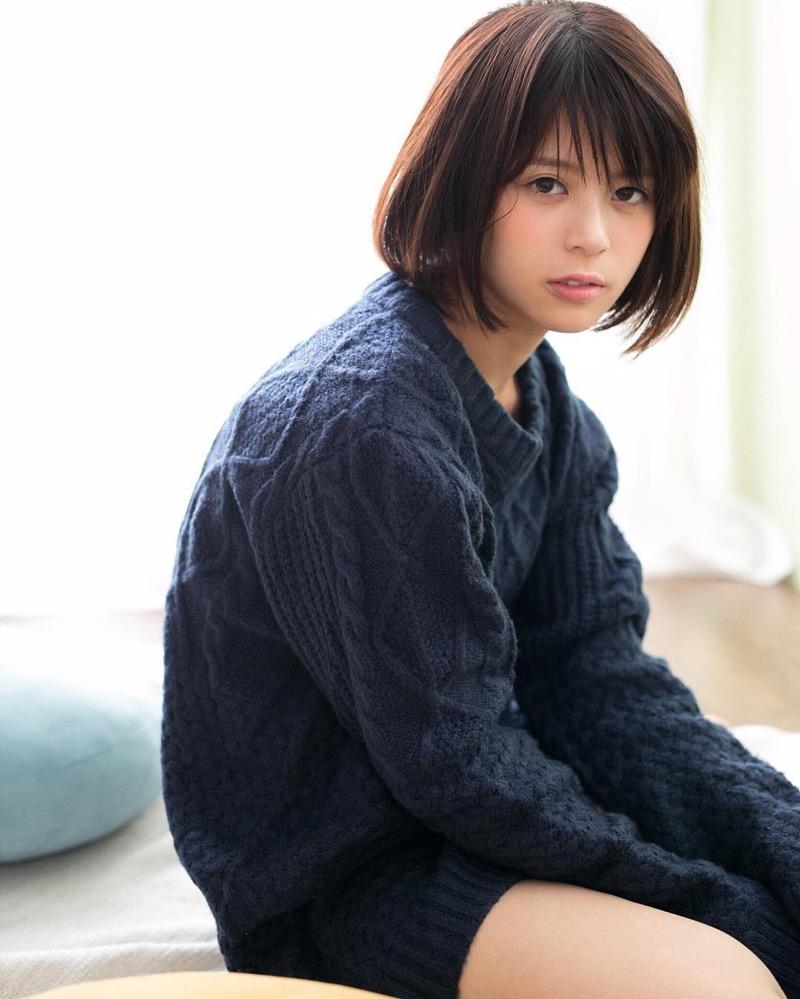 【吉崎綾エロ画像】ショートヘアが似合って可愛いクォーター美女の水着グラビア! 17