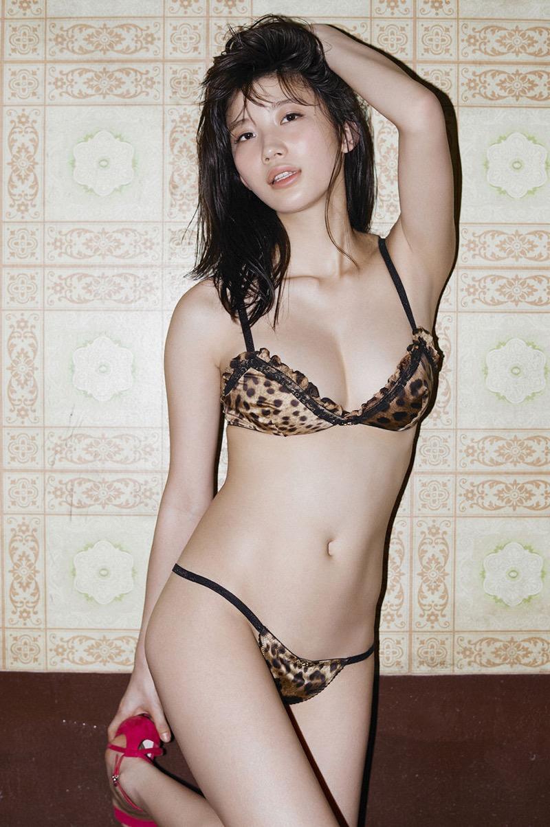 【リアル峰不二子画像】劇画ルパン三世に登場する絶世の美女に例えられたグラビアアイドル 44