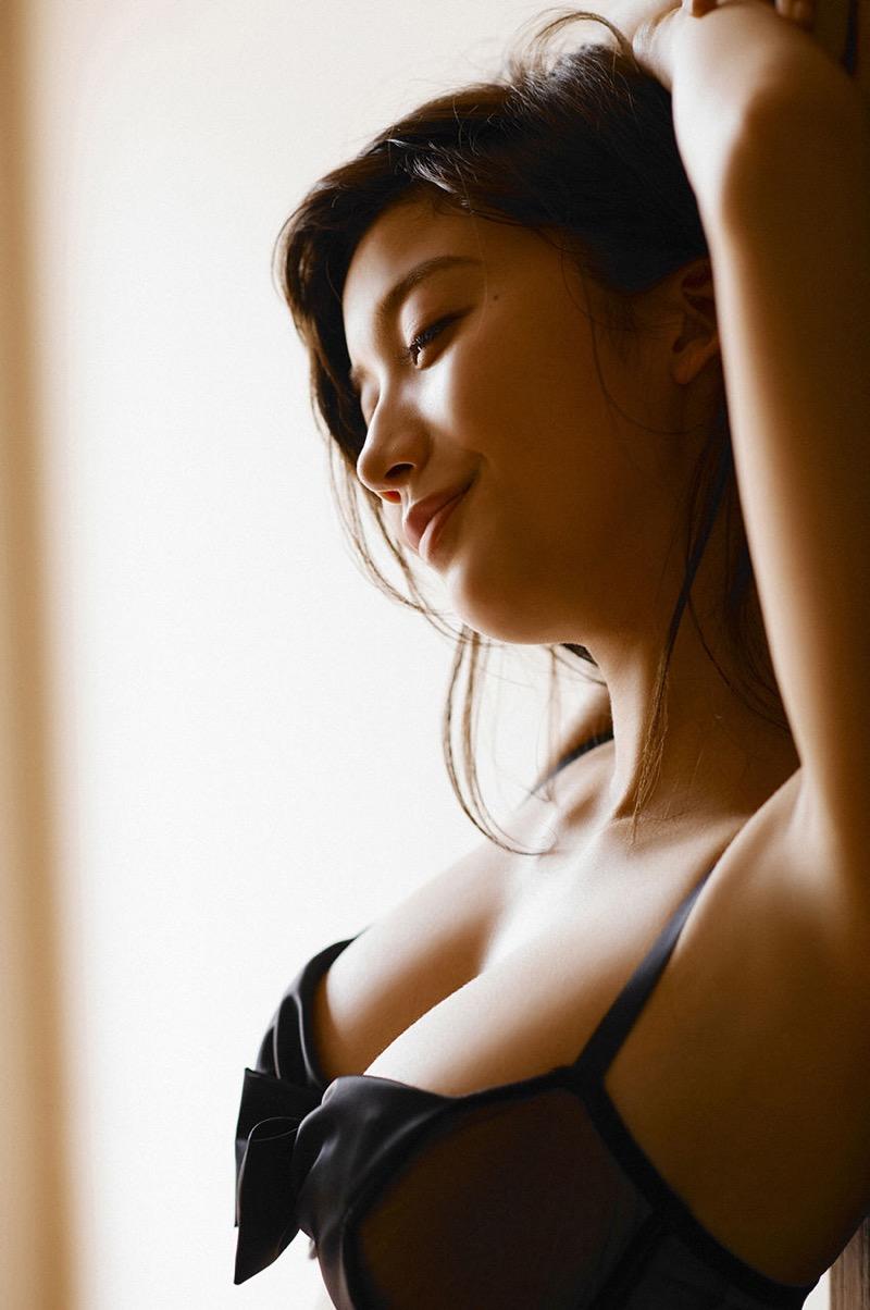 【リアル峰不二子画像】劇画ルパン三世に登場する絶世の美女に例えられたグラビアアイドル 45