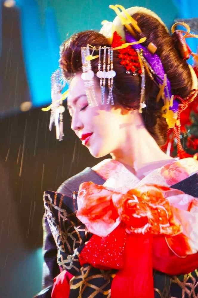 【岩本和子エロ画像】アラフォー世代で未だ現役の美魔女系グラビアアイドルのヌード写真 70